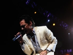 Video: Marc Anthony & JLo at the AAA