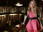 Shakira reaches 30 million fans in FACEBOOK