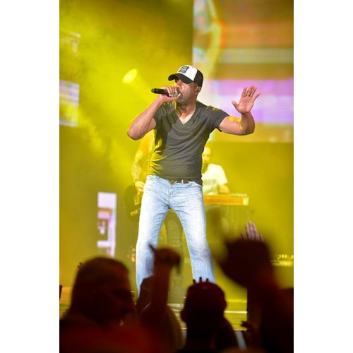 Darius Rucker was Good For A Good Time Tour at Perfect Vodka Amphitheatre