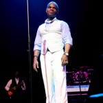 Kirk Franklin Performs A Tribute to Mothers